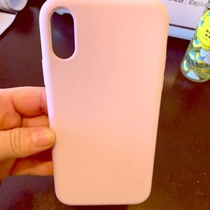 Pale Pink 10xr Silicone case in EUC